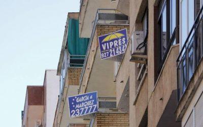 hoy.es: Promotores e inmobiliarias buscan pisos gratis para personal de emergencias